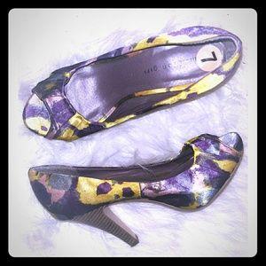 Artsy peep toe shoe
